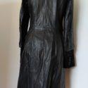 Abrigo de piel de potro en negro 2